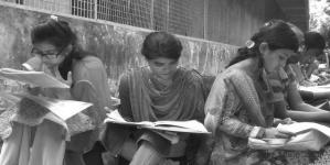 সমন্বিত ভর্তি পরীক্ষা নিয়ে কেন এত অনাগ্রহ