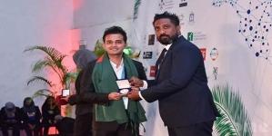 সুমনের 'বিশ্ব শান্তি পুরস্কার' অর্জন